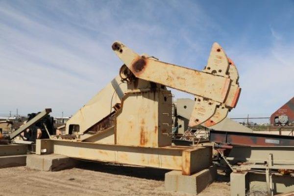 IMG_1884-228D-Lufkin-Pumping-Unit